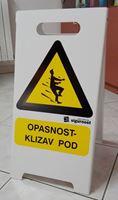 Picture of A stalak - OPASNOST KLIZAV POD